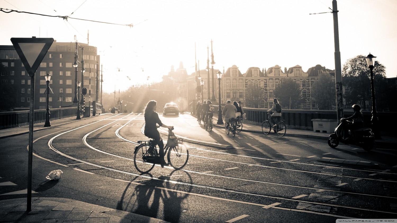 sunset_in_amsterdam-wallpaper-2560x1440